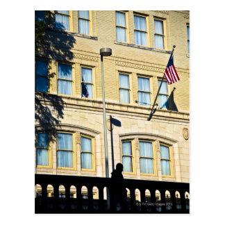 建物から、サン・アントニオつるす、旗 ポストカード