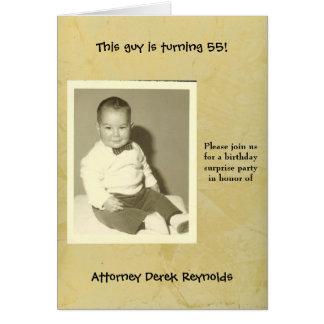弁護士の驚きの誕生日のパーティの招待状 グリーティングカード