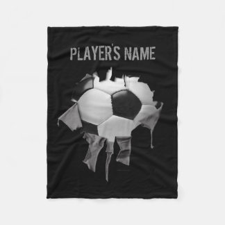 引き裂かれたサッカーの名前入りで黒いフリースブランケット フリースブランケット