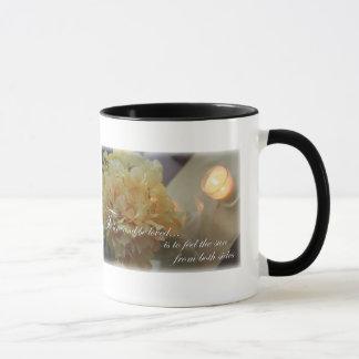 引用文の感動的なコーヒーカップを愛する花 マグカップ