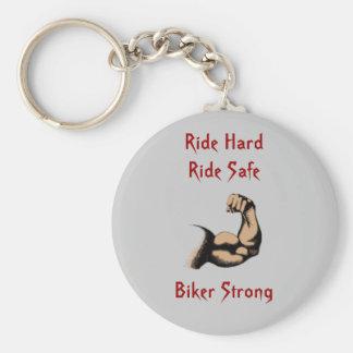 強いバイクもしくは自転車に乗る人乗車の堅い乗車の金庫 キーホルダー