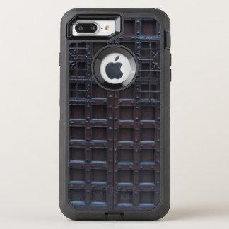 強いブラウンの鉄のドア オッターボックスディフェンダーiPhone 8 PLUS/7 PLUSケース