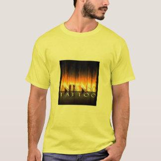 強い入れ墨 Tシャツ