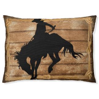 強く反対するブロンコの馬のシルエットのカウボーイ ペットベッド