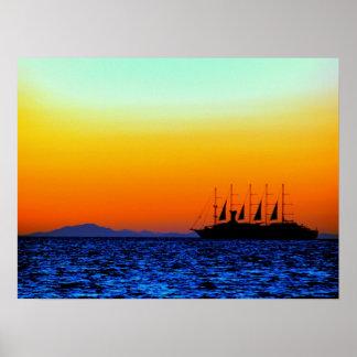 強力な日没および航行ボート ポスター