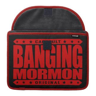 強打のモルモン教徒-近代の聖者教会喧嘩屋 MacBook PROスリーブ