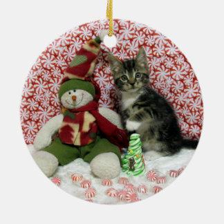 強盗の子ネコ猫の救助のクリスマス セラミックオーナメント