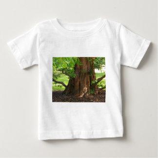 影がある木 ベビーTシャツ