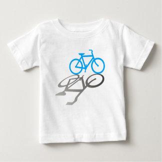 影が付いている青いバイク ベビーTシャツ