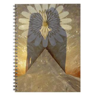影のカップルの石愛ロマンスのキスの婚約 ノートブック