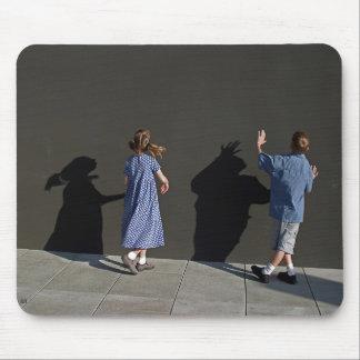 影の壁 マウスパッド