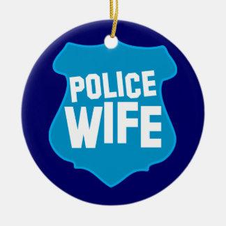 役人のバッジの盾を持つ警察の妻 セラミックオーナメント