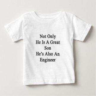 彼だけ彼がまたエンジニアのすばらしい息子です ベビーTシャツ