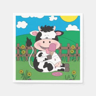 彼のお気に入りのな御馳走が付いているかわいいベビー牛漫画 スタンダードカクテルナプキン