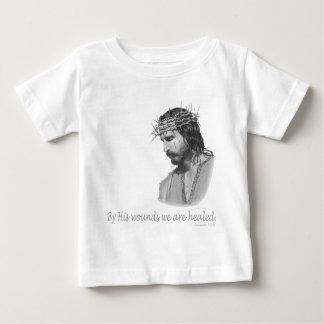 彼の傷によって私達は直されます ベビーTシャツ