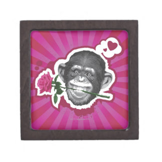 彼の口のバラを持つチンパンジー ギフトボックス