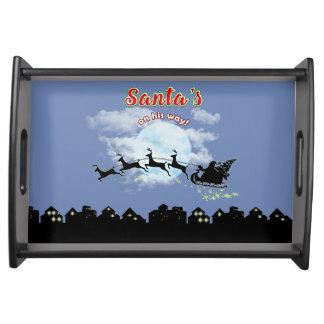 彼の方法クリスマスの休日のトレイのサンタ トレー
