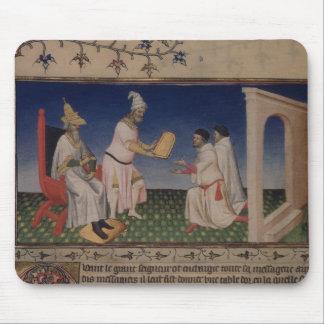 彼のgを与えている氏Fr 2810 f.3v Kublai Khan (1214-94年) マウスパッド