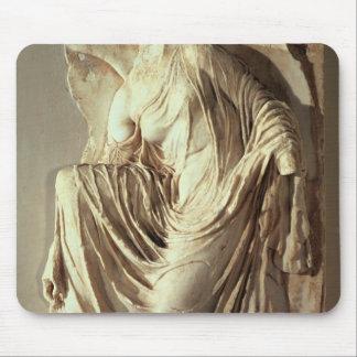 彼女のサンダル、c.420-420を紀元前に調節するアテーナーのナイキ マウスパッド