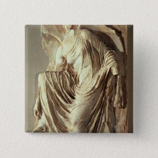 彼女のサンダル、c.420-420を紀元前に調節するアテーナーのナイキ 5.1cm 正方形バッジ