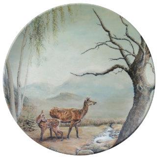 彼女の子鹿と後部アカシカart. 磁器プレート