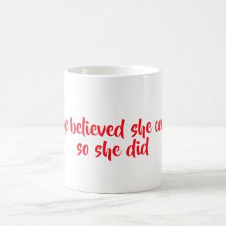 彼女は信じました コーヒーマグカップ