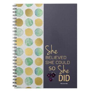 彼女は彼女をできました(ポルカ紫色の金ゴールドの)螺線形信じました ノートブック