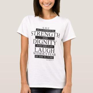 彼女はClothed.pngです Tシャツ