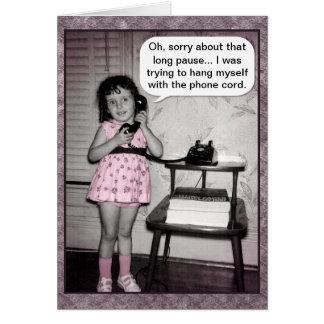 彼女自身をつるすヴィンテージの写真の電話女の子のユーモア カード