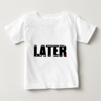 後で: 誰かはそれを結局します。 なぜか従って ベビーTシャツ