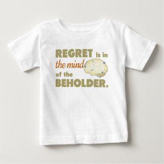 後悔は見る人の心にあります ベビーTシャツ