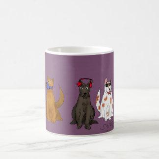 従っている3匹の犬 コーヒーマグカップ