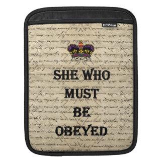 従われなければならない彼女 iPadスリーブ