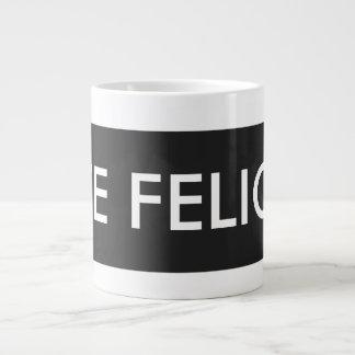 従属的なフェリシアのマグ ジャンボコーヒーマグカップ