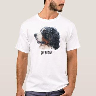 得られた雪か。 バーニーズ・マウンテン・ドッグ Tシャツ