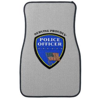 得意気に役立っている警察 カーマット