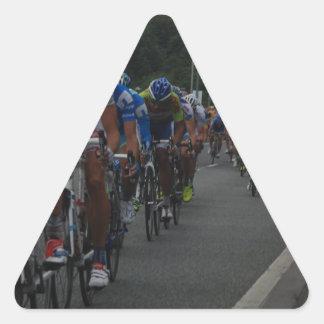 循環 三角形シール