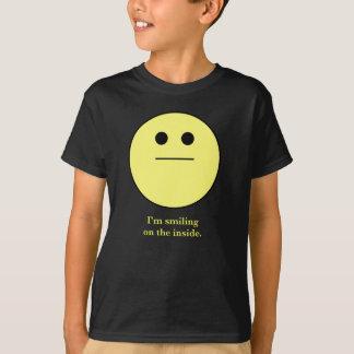 """""""微笑しないにこやか顔私は内部で微笑しています"""" Tシャツ"""