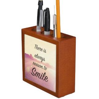微笑する理由が常にあります ペンスタンド