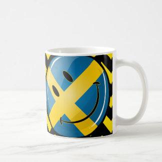 微笑のスウェーデンの旗 コーヒーマグカップ