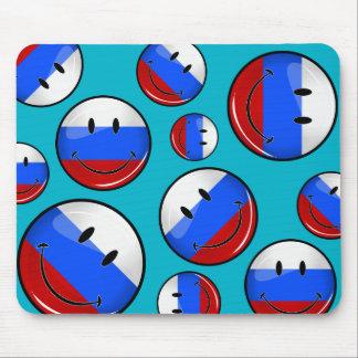 微笑のロシアのな旗 マウスパッド