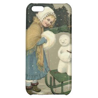 微笑の女の子の雪だるまのそりの雪の森 iPhone5Cケース