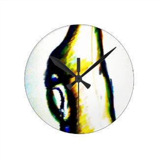 心に凝視 ラウンド壁時計