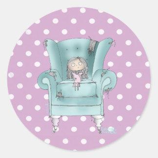 """""""心地よい椅子""""の-ティール(緑がかった色)およびピンクの水玉模様のステッカー ラウンドシール"""
