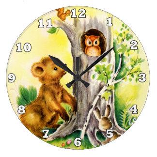心臓地帯のヴィンテージの森林動物の子供の柱時計 ラージ壁時計