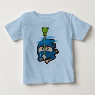 忍者の男の子 ベビーTシャツ