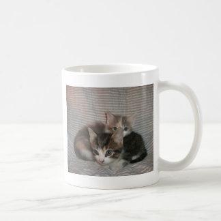 快活な猫ちゃん コーヒーマグカップ