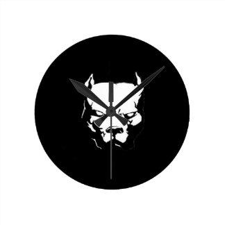 怒っているピットブル犬 ラウンド壁時計