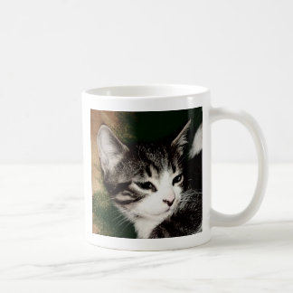 思慮深い子ネコ コーヒーマグカップ