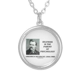 怠惰は心理学Nietzscheの親です シルバープレートネックレス